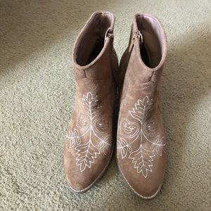 Matisse Embroidered Cowboy Boot